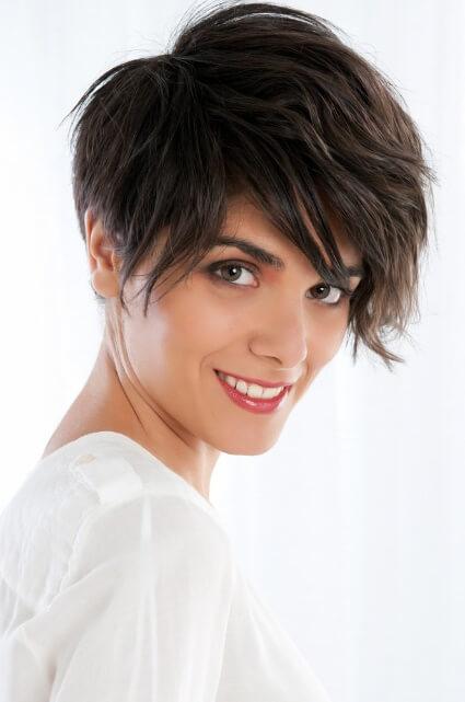 Podobają Ci się krótkie włosy? Sprawdź czy na pewno będzie Ci do twarzy. 7