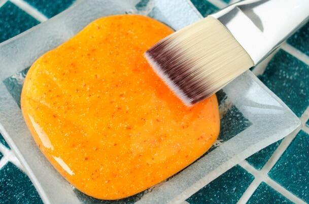 maseczka na twarz z marchewki