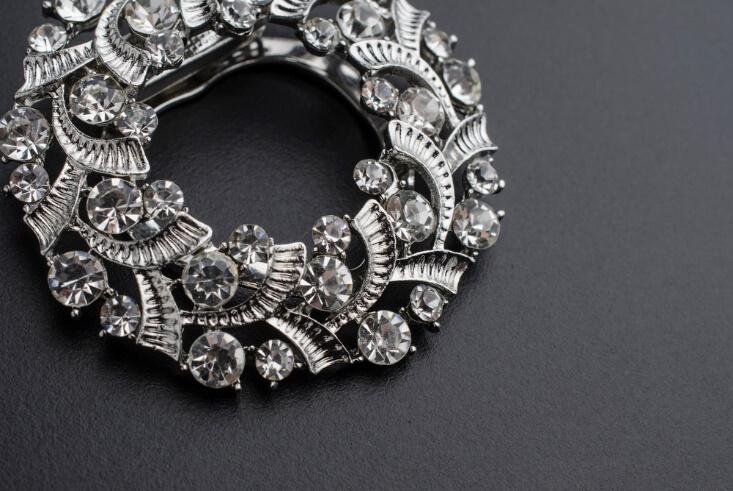 broszka damska srebrna